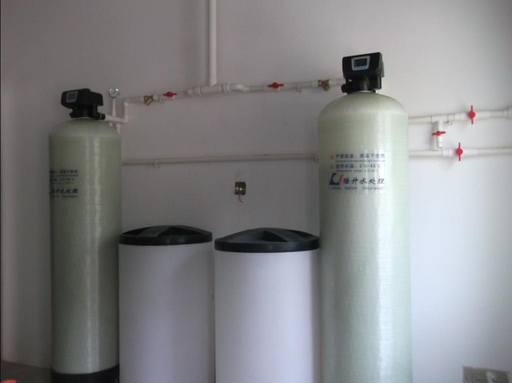 小型锅炉软化水设备配置如何选择
